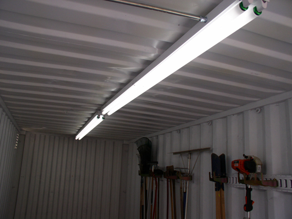 8 foot cold weather fluorescent light fixtures.