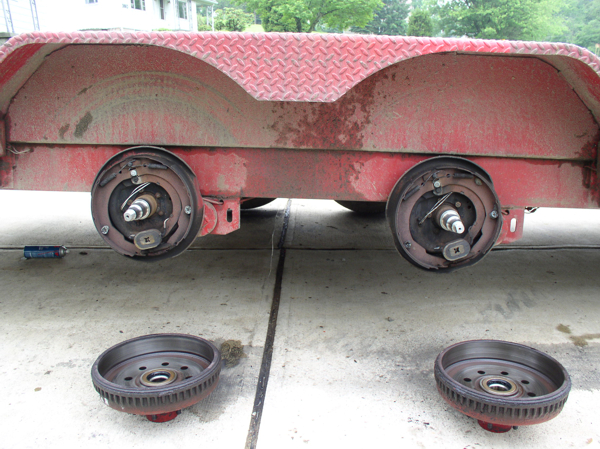 Trailer Axle Hubs, Drums, Brake Assemblies Inspection and Cleaning
